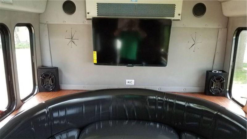 Luxury Bus Interior photo 3